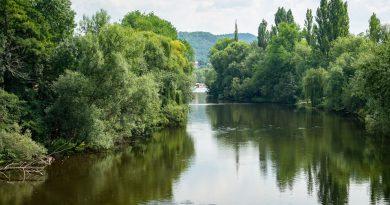 Die Stadt Saalfeld/Saale in Thüringen